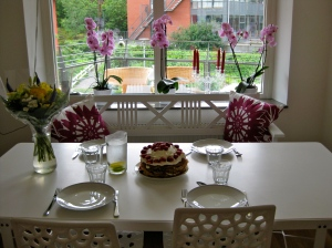 Vår vackra matplats i köket