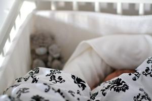 Här sover Sixten gott.